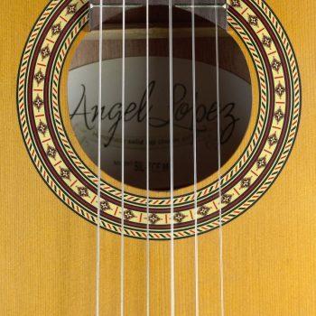Foto: Angel Lopez SIL CE-M - Klassikgitarre - Ansicht Schallloch
