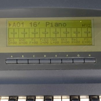 Foto: Korg 01W Synthesizer Tasteninstrumente - Top Detail Display
