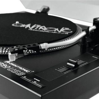 Foto: Omnitronic BD-1390 Plattenspieler - Detail Tonabnehmerarm