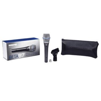 Foto: Verpackung, Transporttasche, Mikrofon und Halterung