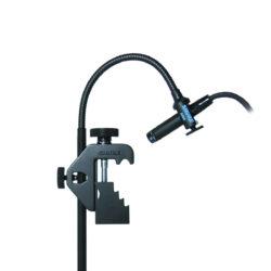 Foto: Mikrofon an einem Schwanenhals mit Schraubhalterung in komplett Schwarz