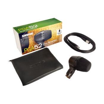 Foto: bunte Verpackung, Transporttasche, Mikrofon mit Halterung und Kabel
